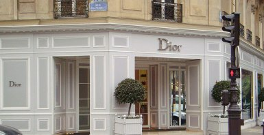 christian-dior-store-paris
