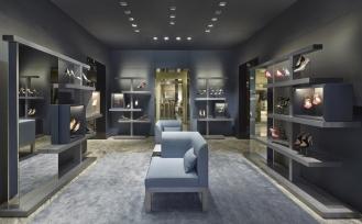 Giorgio-Armani-store-Paris